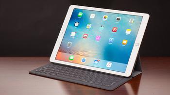 タブレット端末 出荷台数 将来性 ストレート型 デタッチャブル型 iPad Pro Surface Pro.jpg