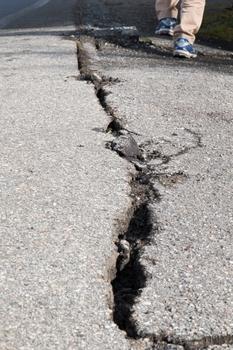 九州 地震は起きない 保険会社 地震保険は不要と言い切る.jpg