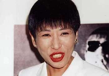 和田アキ子 紅白歌合戦 連続出場 途切れる 31回 あの鐘を鳴らすのはあなた 笑って許して.jpg