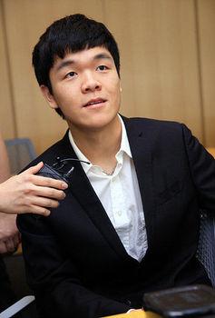 柯潔九段 イ・セドル九段 アルファ碁 AlphaGo 5番勝負 若手棋士.jpg